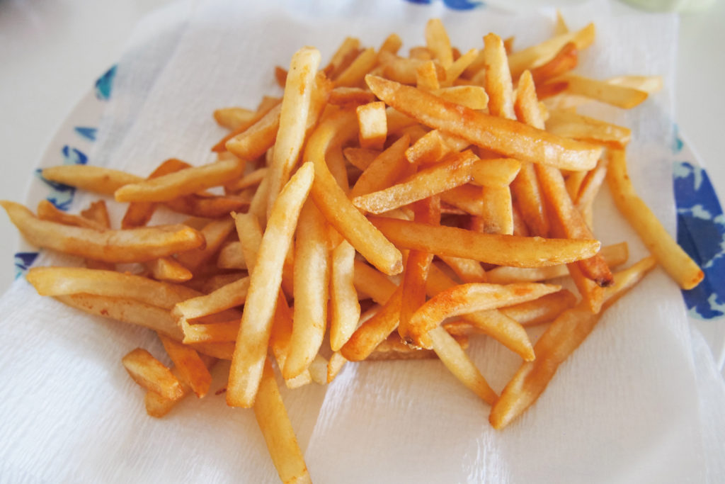 <strong>フライドポテト<br>〜French Fries〜</strong> 780<small>円</small><br>