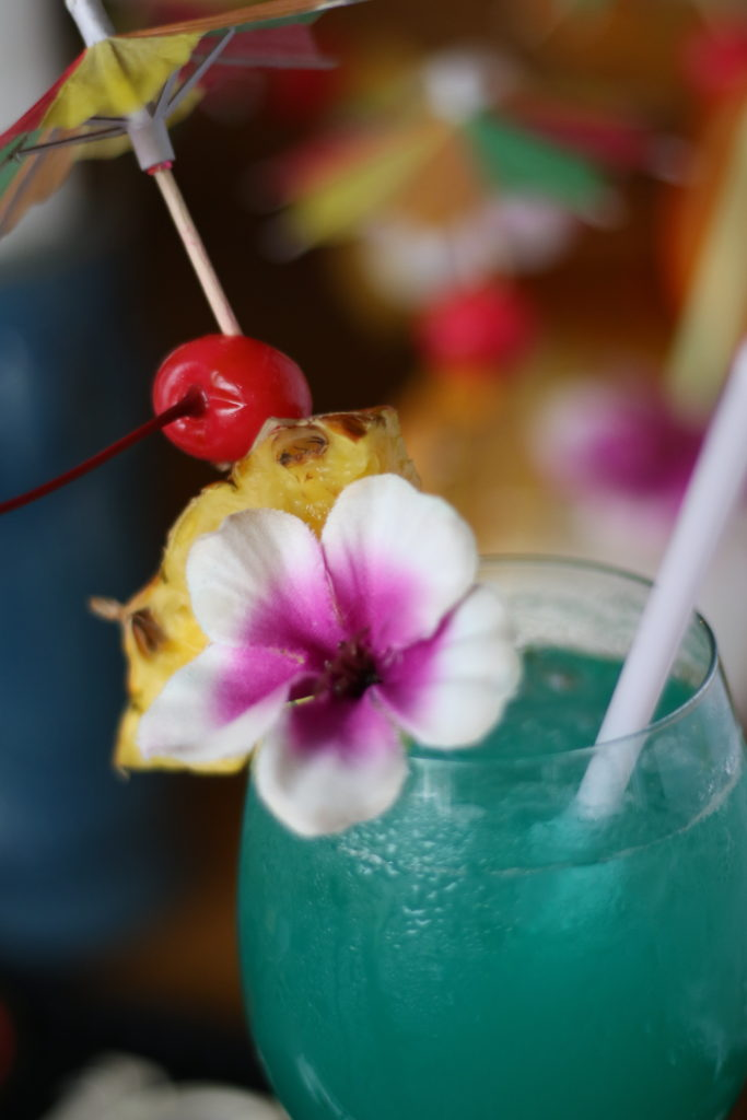 <strong>バージンブルーハワイ<br>〜Virgin Blue Hawaii(Non-Alcoholic)〜</strong> 980<small>円</small><br>